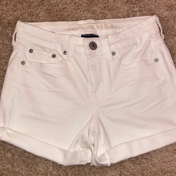 NWT American Eagle shorts size 4!